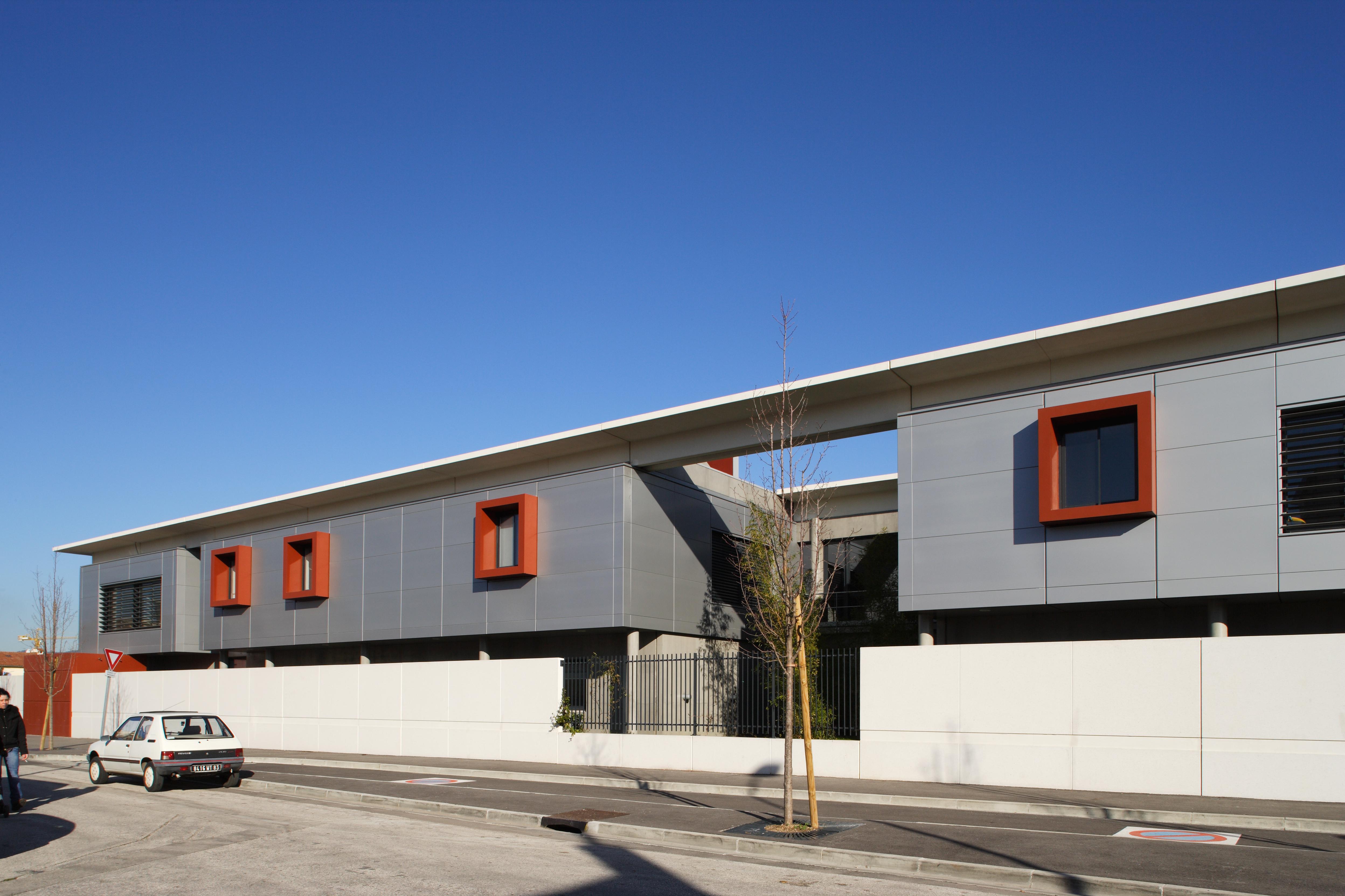 Façade Collège Eluard par AAPL architecte DPLG VAR