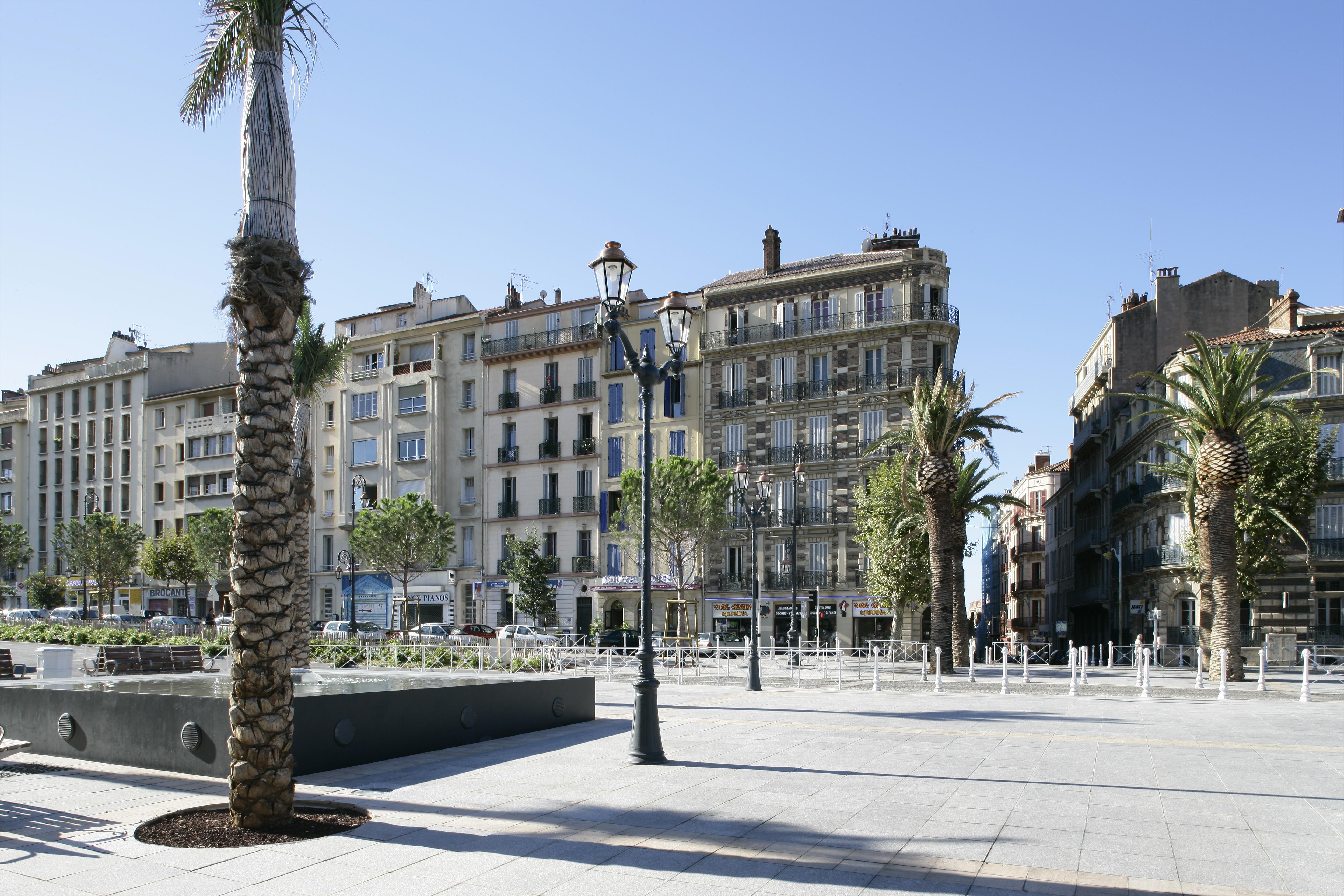 Place Albert devant la gare routière de Toulon par AAPL architecte DPLG VAR