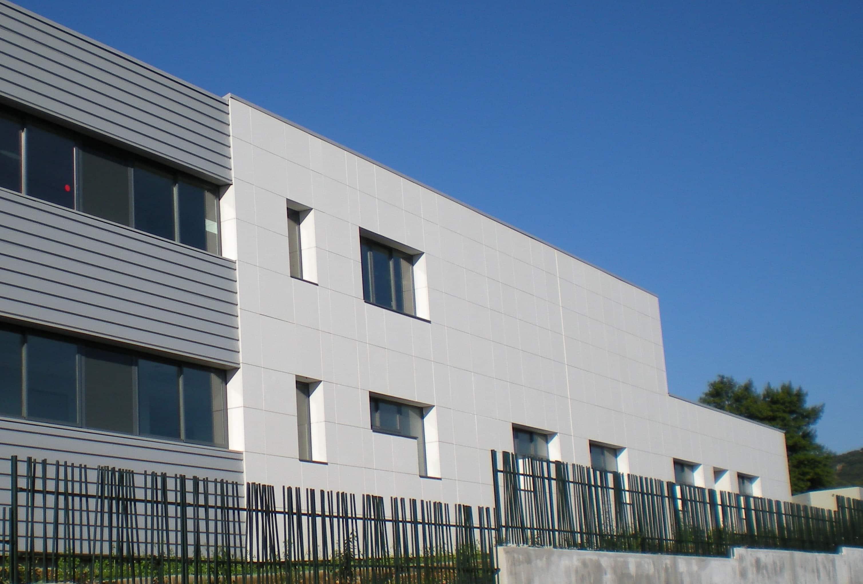 Façade Collège Saint Maximin par AAPL Architectes DPLG VAR