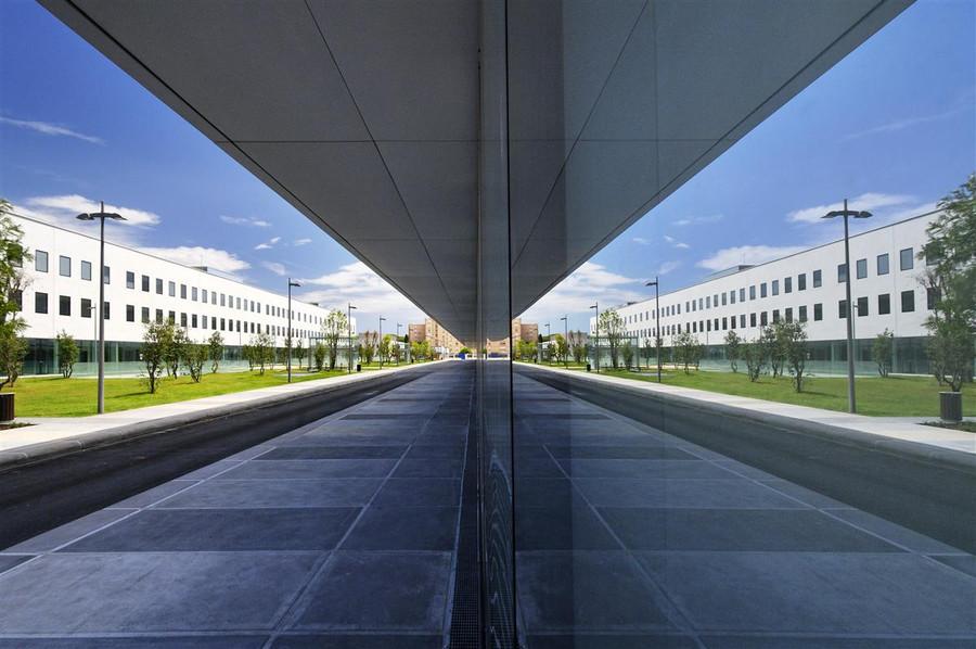 Cour extérieur Hopital Sainte Musse par AAPL architecte DPLG VAR