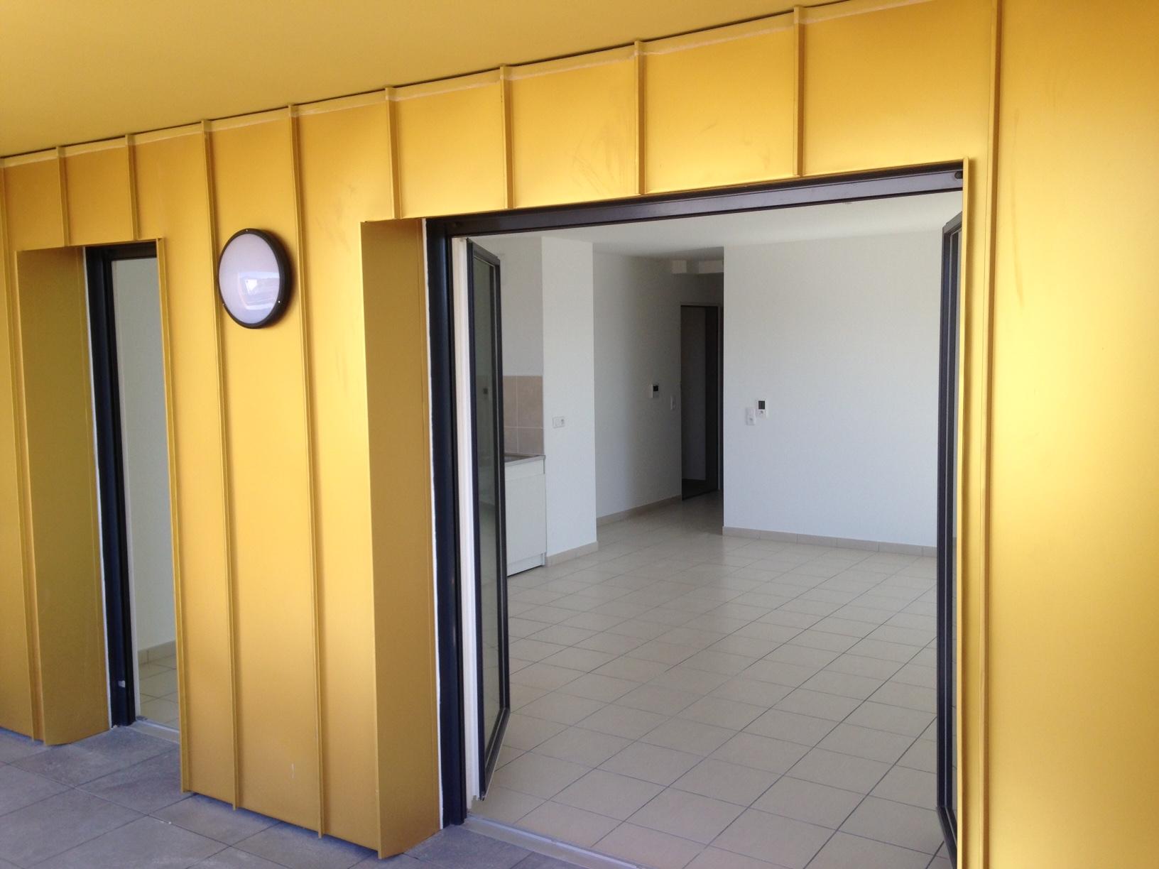Entrée principale des 87 Logements La Valette par AAPL architecte DPLG VAR