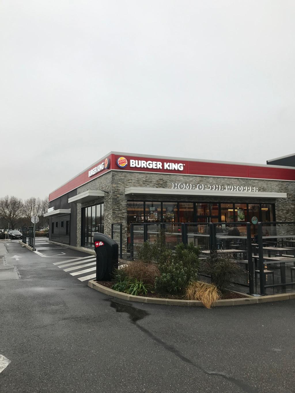 BURGER KING réalisé par AAPL architecte DPLG VAR à AVIGNON