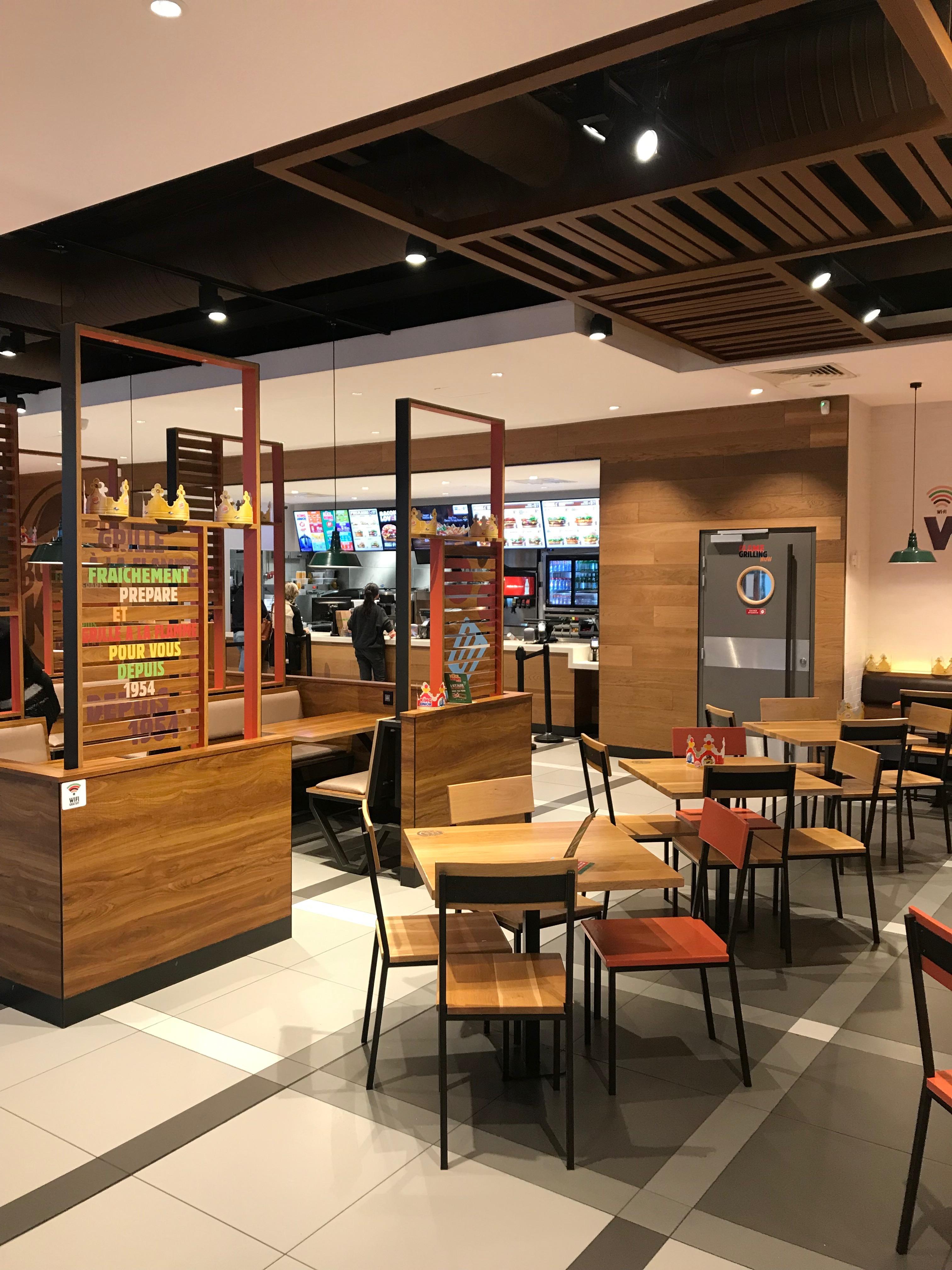 intérieur Burger King Avignon par AAPL architecte DPLG VAR